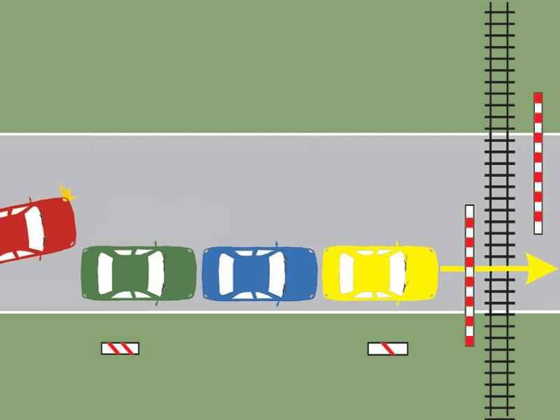Autoturismul roşu poate depăşi în situaţia dată?