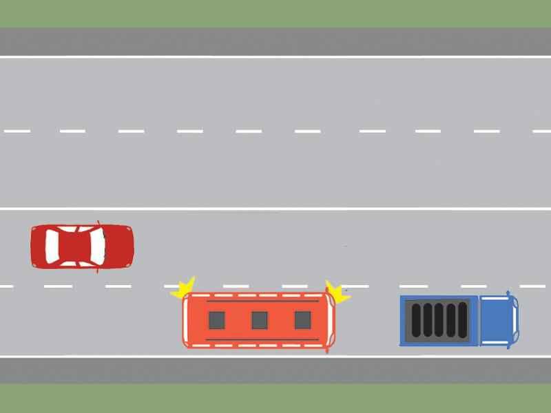 Cum trebuie să procedeze conducătorul autobuzului, dacă intenţionează să depăşească autocamionul staţionat?